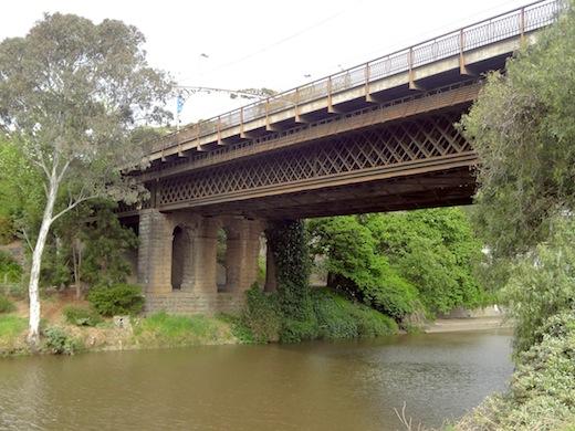 Bridge along the Main Yarra Trail