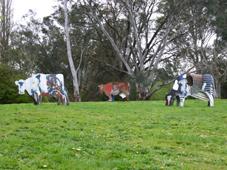 Heide Museum Melbourne statues