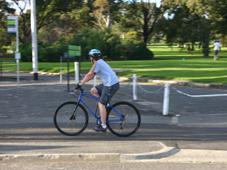 Melbourne Biking through parks & gardens