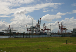 Port Melbourne shipping cranes